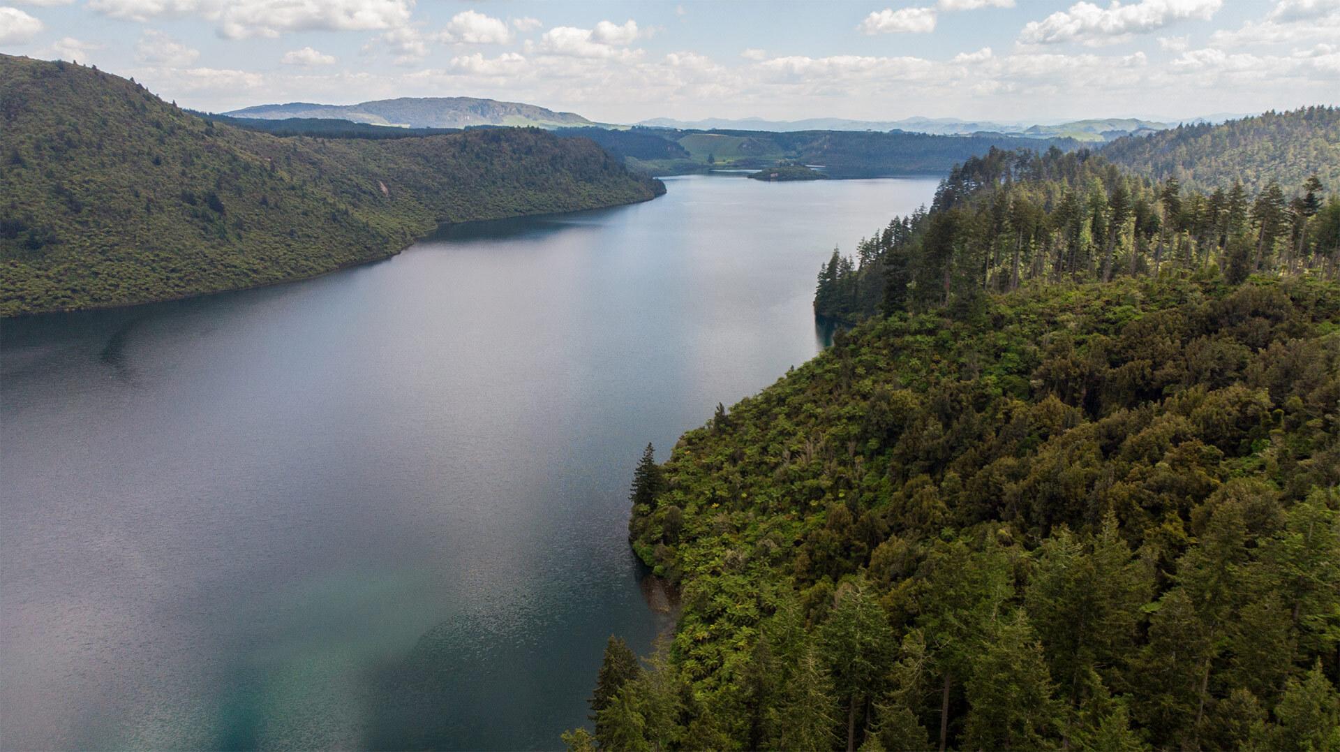 Lake Rerewhakaaitu